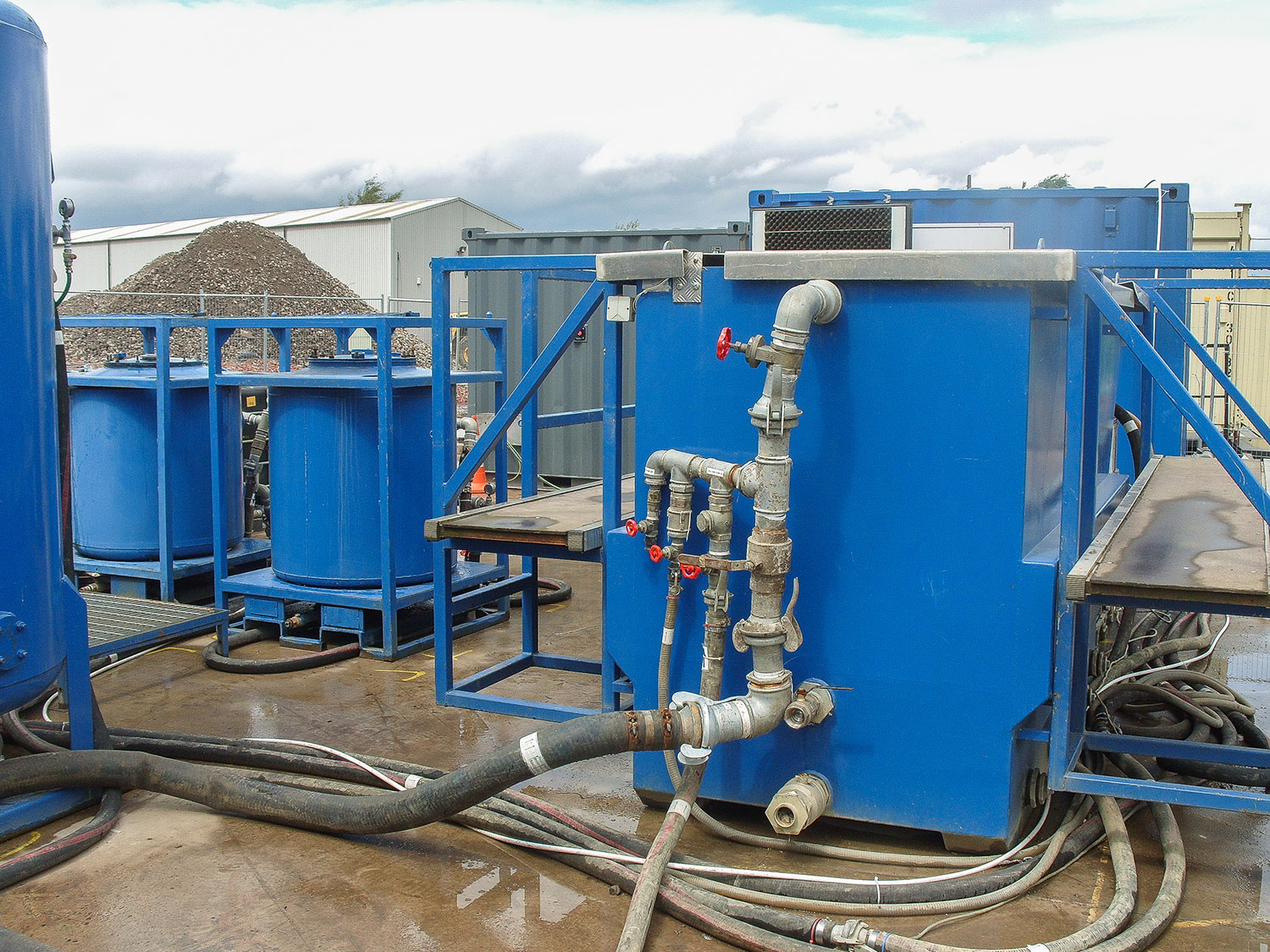 Pump and treat groundwater treatment system